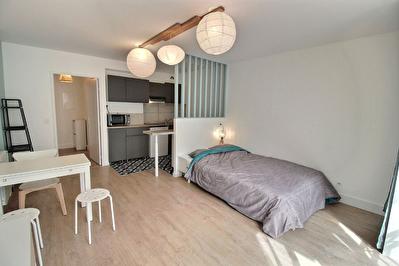 Appartement T1 meuble 31m2 - Toulouse Secteur Mediatheque - 530 euros cc
