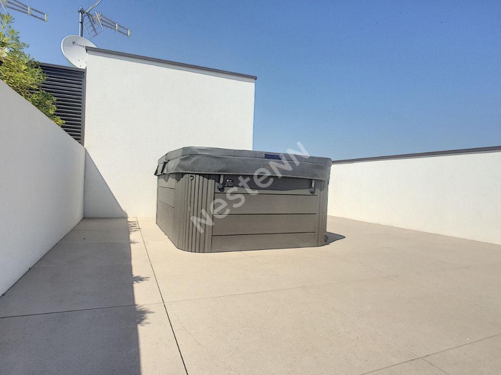 Port Fréjus Villa T7 En Duplex