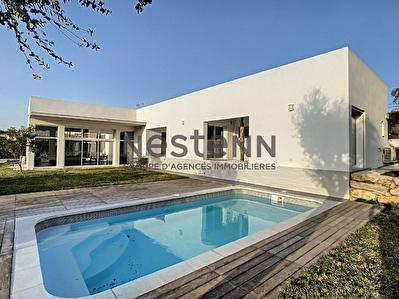 SAINT AYGULF VILLA ARCHITECTE T4 150 m2