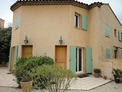 Appartement  2 pieces 37 m2 CABRIES