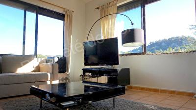 Appartement Bouc Bel Air 5 pieces 0120 m2