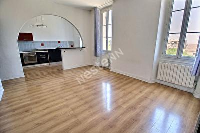 Appartement Gignac La Nerthe 3 pieces 79 m2