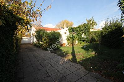 Maison Saint Victoret 8 pieces 150 m2