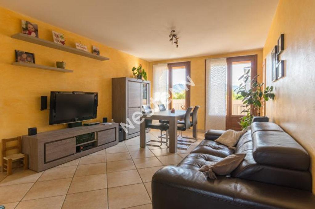 photos n°1 Appartement Gardanne 4 pièces 77 m2