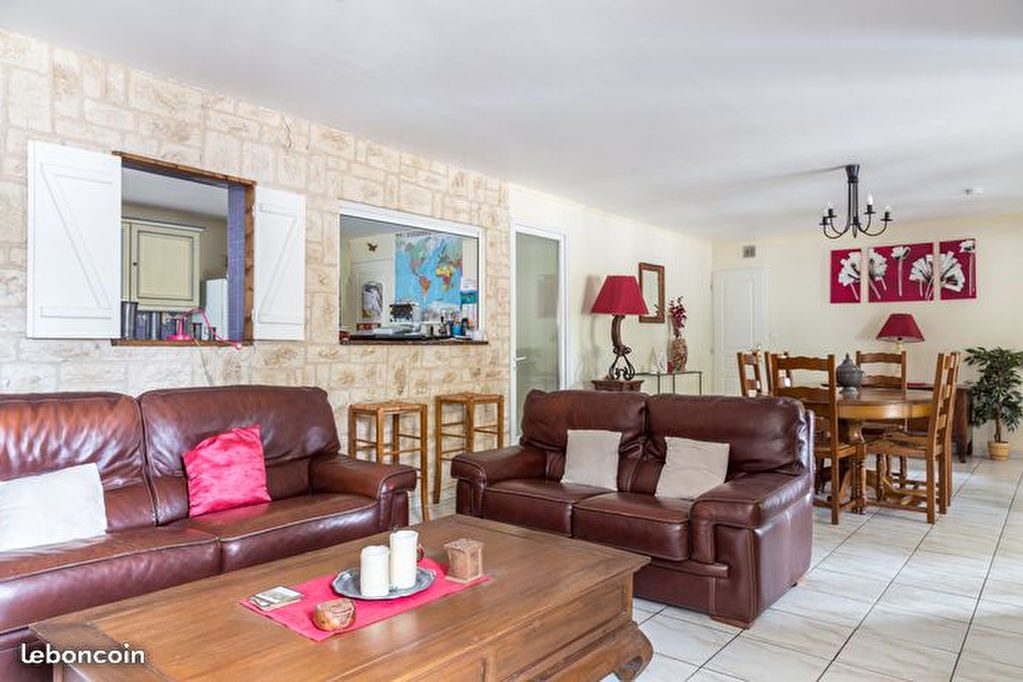 photos n°1 Appartement Fuveau 5 pièces 120 m2