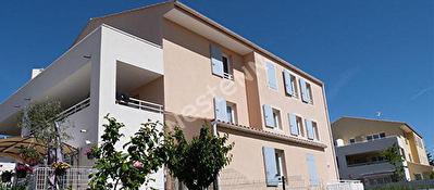 Appartement Bouc Bel Air 1 piece 28.7 m2 / jardin 87m2