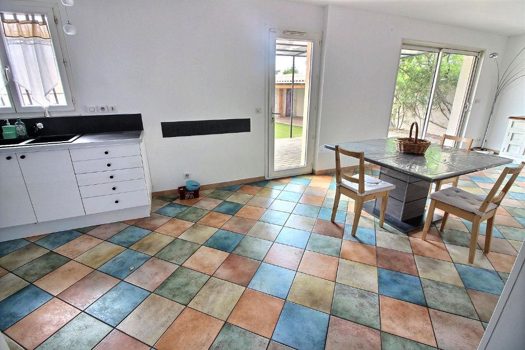 Villa Gardanne 6 pièces 125 m2