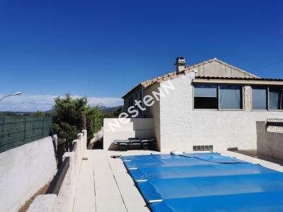 LES PENNES MIRABEAU - Maison  3/4 pieces, jardin de 600 m2 avec piscine