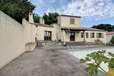 Les Pennes Mirabeau-Maison T5 160 m2 sur 1890 m2 de terrain