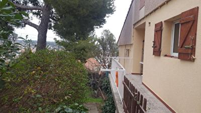 Maison Les Pennes Mirabeau 4 pieces de 85 m2 avec jardin