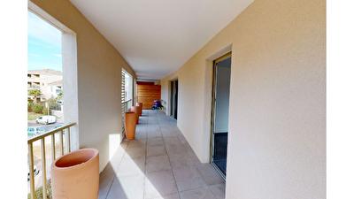 Appartement Aix En Provence 3 pieces 62.80 m2 dernier etage avec terrasse