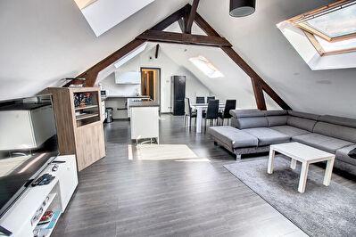 Appartement Talange - 2 chambres - 68 m2 (plus de 100 2 au sol)