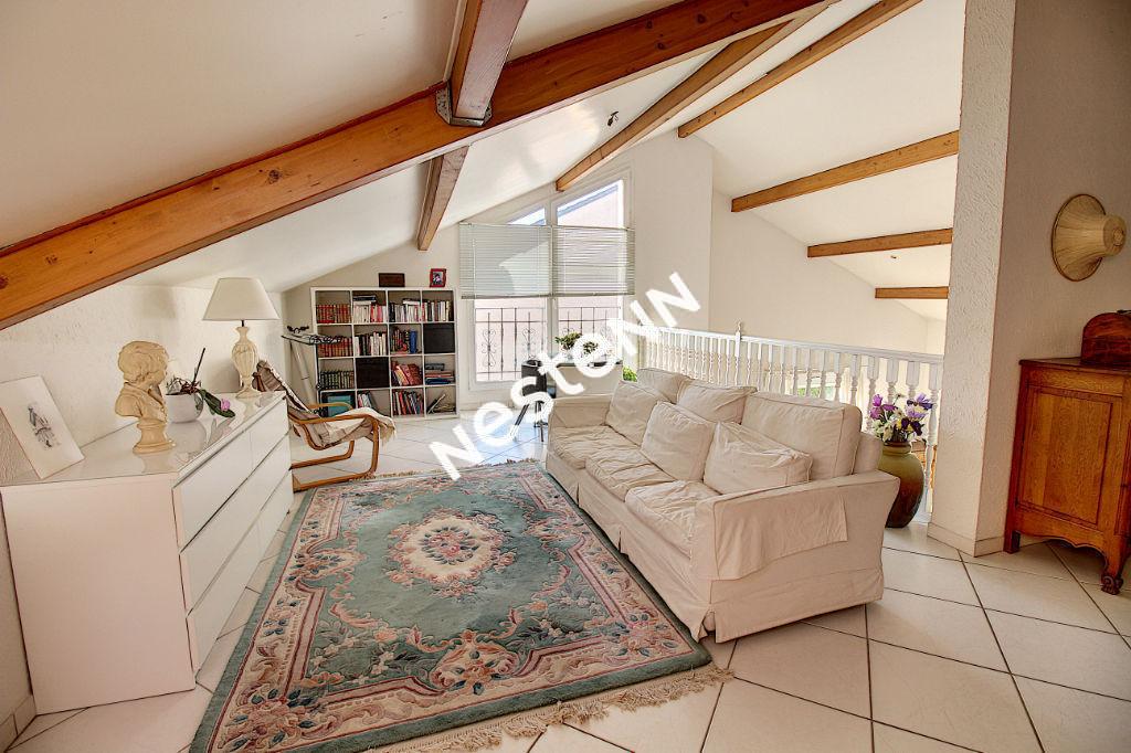 Maison Uckange 4 chambres + Mezzanine