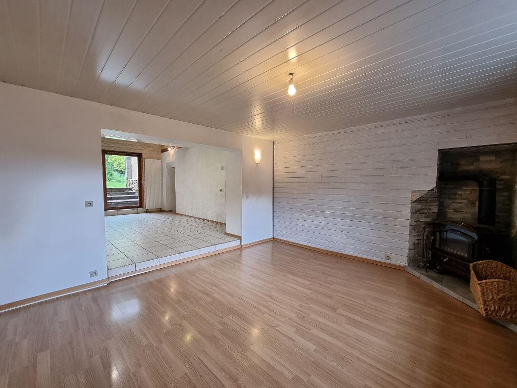 Grande maison de village avec 5 chambres à vendre à Pierrevillers