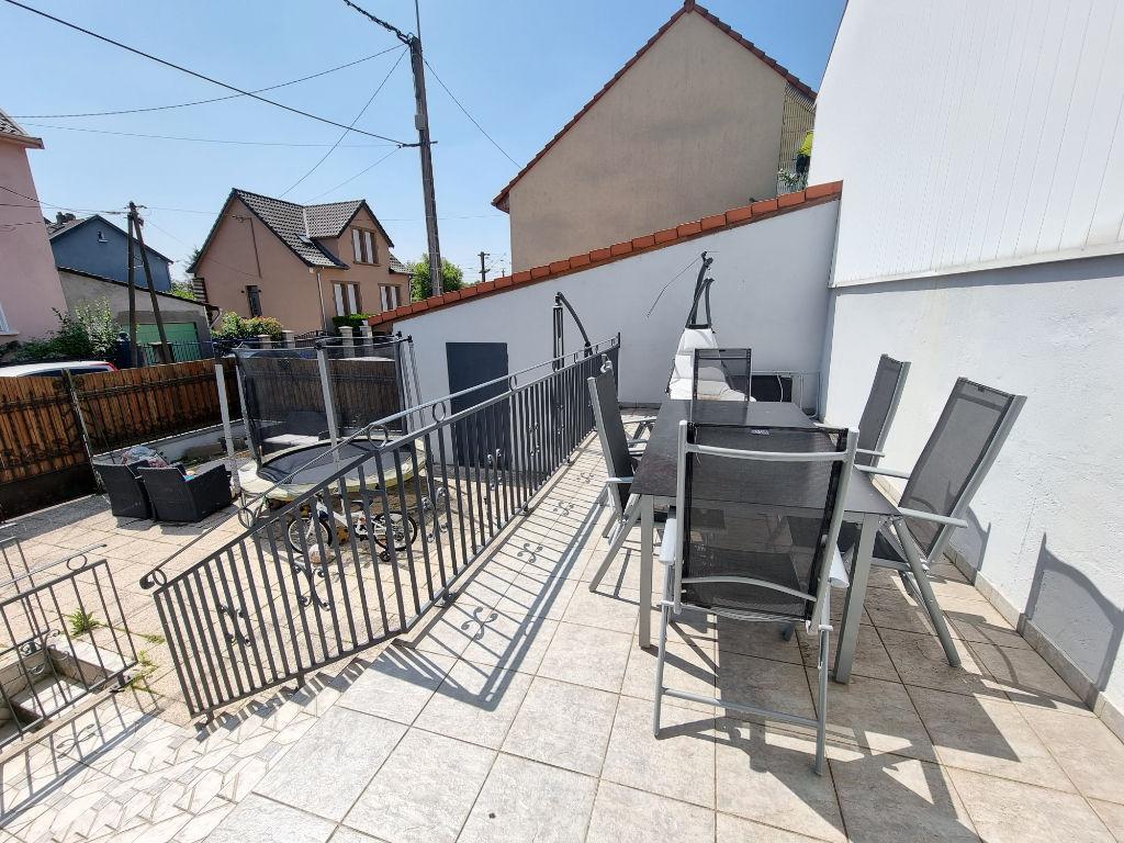 Maison  3 chambres  2 garages à vendre à Hagondange 5 pièces 110.87 m²