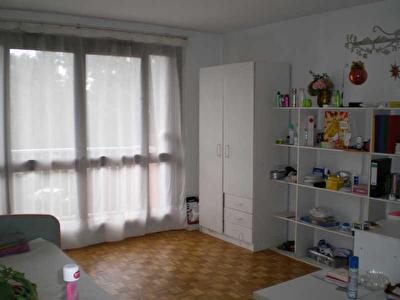 APPARTEMENT VILLEJUIF - 3 pieces - 63 m2