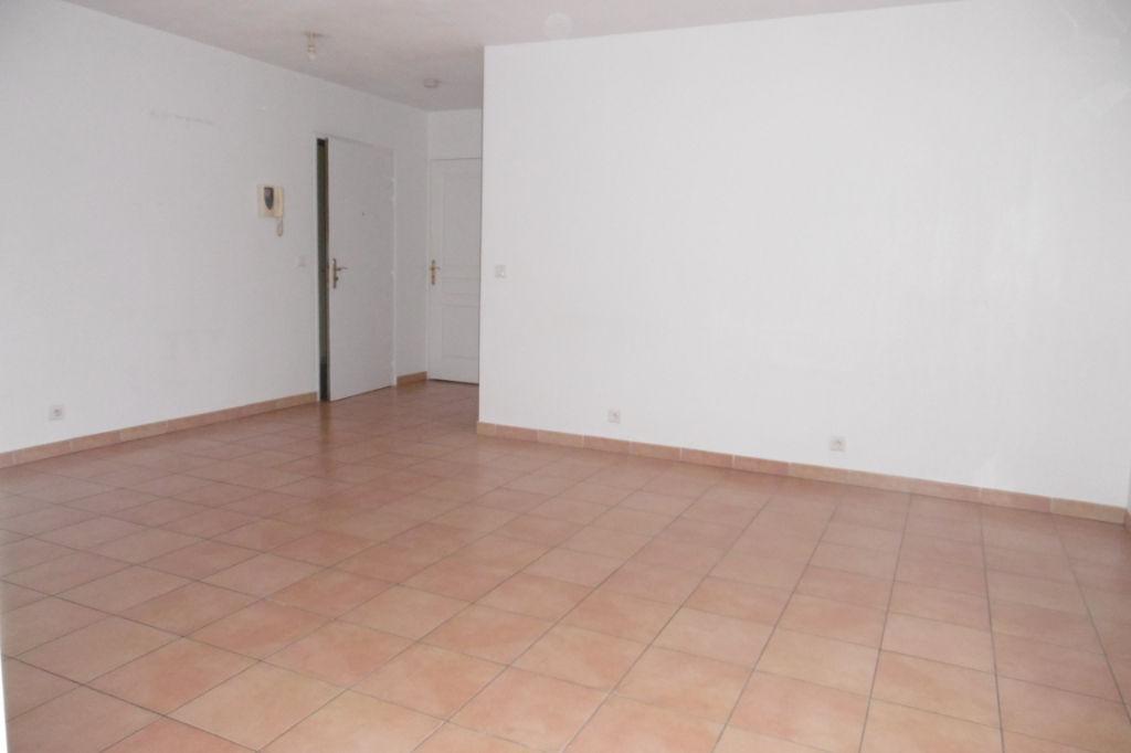 La Seyne Sur Mer 3 pièce(s) 63.49 m2 ascenseur et garage double
