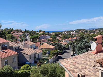 Maison 6 pieces 120m2 terrasses et dependance