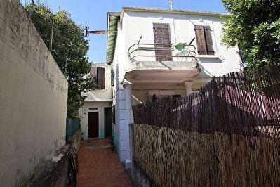 Immeuble de rapport Toulon  Ouest 8 pieces 147 m2  place Parking  ,Terrasse