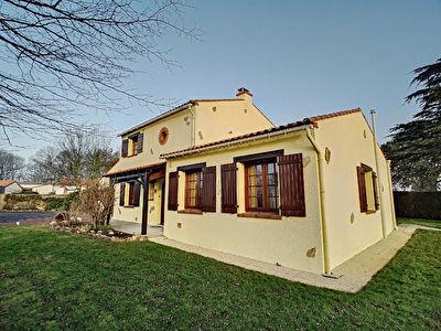 Maison proche centre - 142m2 - Saint Julien De Concelles