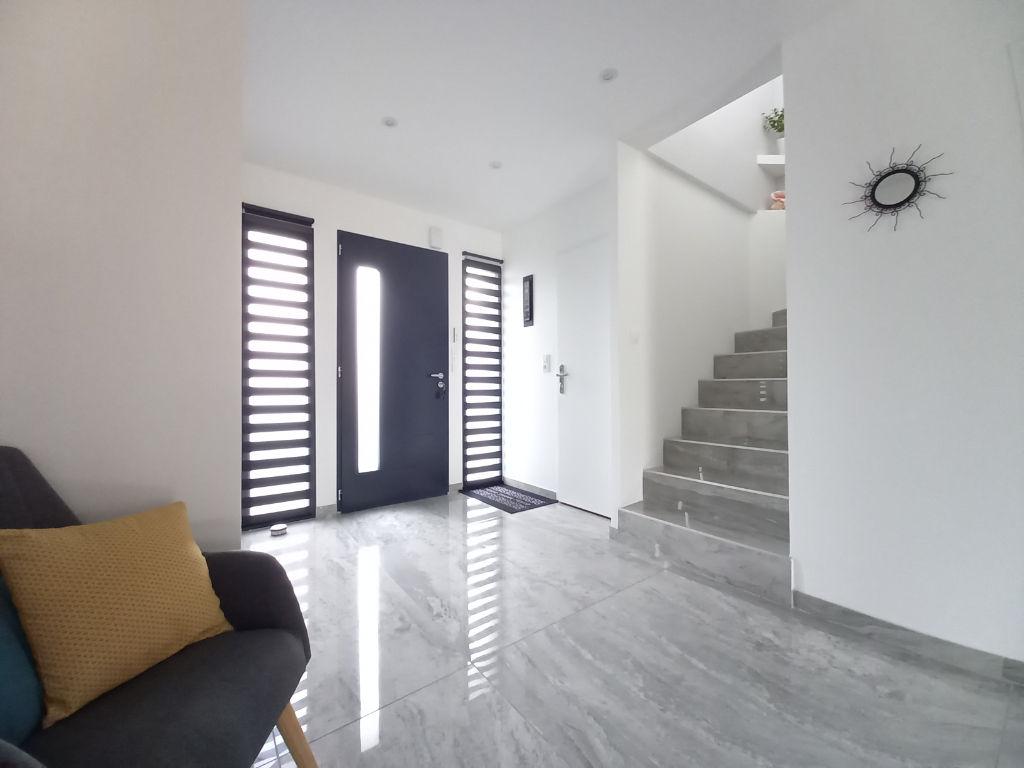 Maison contemporaine - 170m² - SAINT JULIEN DE CONCELLES