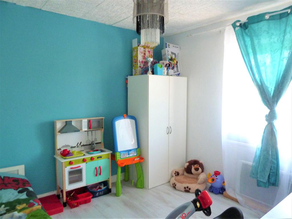 Maison 4 chambres Domessin