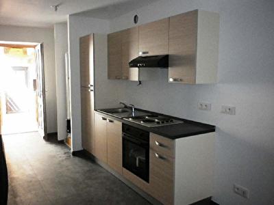 APPARTEMENT RENOVE PONT DE BEAUVOISIN - 3 pieces - 50,85 m2