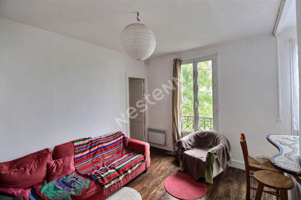 photos n°1 PRE ST GERVAIS - Appartement 2 pièces avec Cave - Calme et Lumineux- Proche la Villette