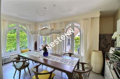 Maison avec exterieur et garage - VILLA DU PRE -  terrasses