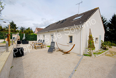 Maison Linas 7 pieces 145 m2