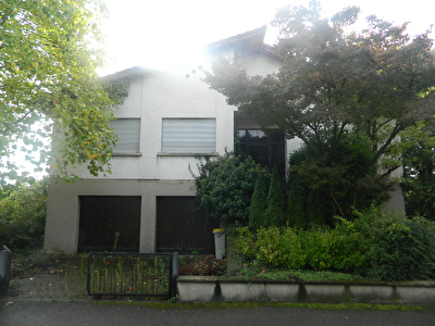 Maison Ostwald 8 pieces 220 m2