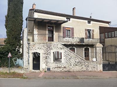 Maison Chomerac 6 pieces 147 m2 + appartement en rdc