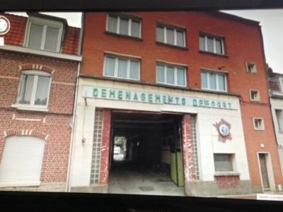 Terrain + entrepot  2500 m2 + Maison + Appart - Lomme -