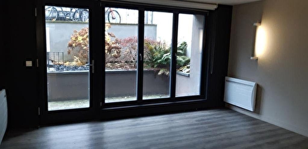 Bureaux Lille Proche Place de la Republique environ 90 m2