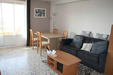 Jolie T4 de 70,35 m2 a Sainte Foy Les Lyon limite Lyon 5eme