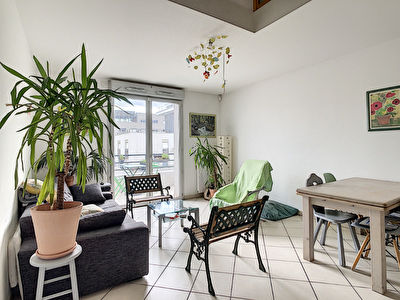 Superbe Duplex traversant dans residence moderne a Jean Jaures