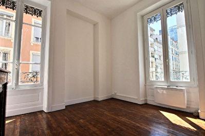 Appartement T2 Renove -En plein coeur des Brotteaux LYON 6