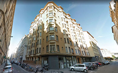 Appartement T3 renove 66m2- Rue Bugeaud Lyon 6