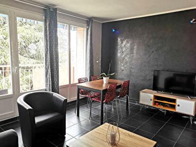 Appartement T5 - 80 m2  Colocation VILLEURBANNE Bel air les brosses