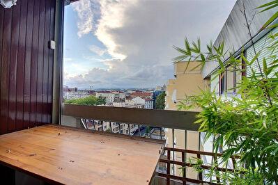 Appartement Lyon 4 pieces 82 m2 Ferrandiere -LYON 3