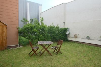 Appartement 2 pieces45 m2 jardin de 80 m2