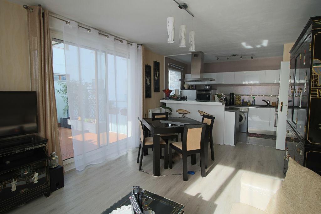photos n°1 Appartement avec Terrasse - Massy 3 pièce(s) 60 m2