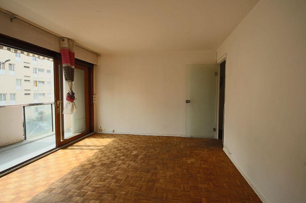 photos n°1 Appartement  3 pièce(s) 69.35m2 avec loggia et cave privative