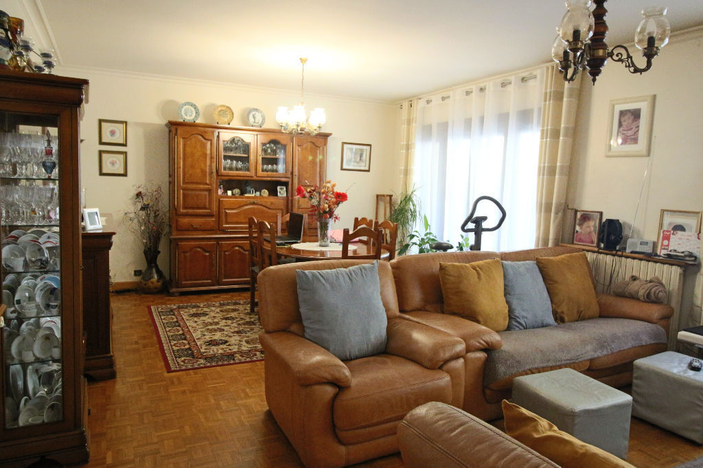 Maison de  230 m2  avec terrain de 440 m² quartier Parc Heller