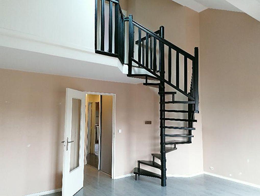 EXCLUSIVITE NESTENN Appartement Duplex de type F3 représentant 72.57 m² utiles avec loggia