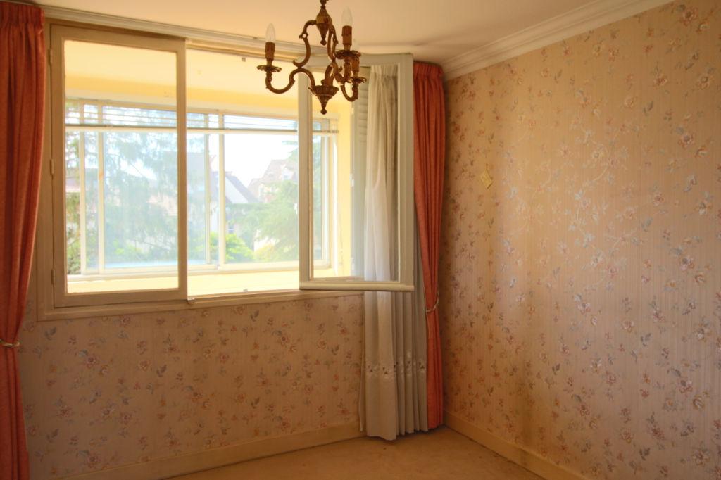 Appartement  3 pièce(s) 60.64 m2 avec Box et Grande Cave