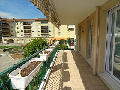 Appartement Decines Charpieu 3 pieces 70 m2