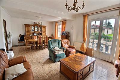 Maison 135m2  3 Chambres, studio independant et Jardin.