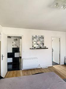 MONTREUIL QUARTIER VILLIERS BARBUSSE appartement 1 piece 28 m2