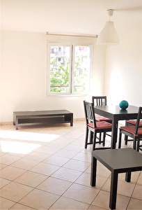 Appartement Rosny Sous Bois 2 pieces en meuble 42.20 m2